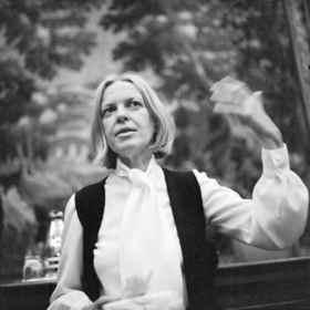 """Salon kontrovers: Briefe - schreiben und lesen - """"Bedenk, daß ich deine Briefe nicht entbehren kann"""" - Aus dem Briefwechsel Ingeborg Bachmann und Hans Magnus Enzensberger"""