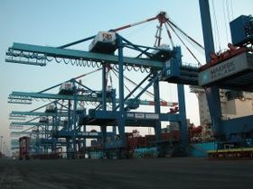Bild: Der HafenBus Bremerhaven