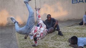 Bild: Sample 1 Lomé - New Star Dance Company