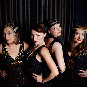 Bild: Herr Gatsby und seine Glam Girls - ABENDROT *Spezial*