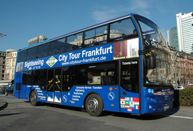 Bild: City Tour Frankfurt - Live Guided Skyline City Tour + Hop-On Hop-Off - Frankfurt