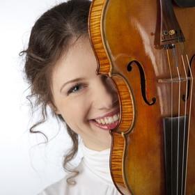 Bild: Tanz mit der Geige - Tango meets Gershwin - Neujahrs-Benefizkonzert für Echo Hilft