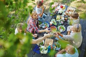 Bild: Essen im Grünen – Köstliche Rezepte für´s Picknick