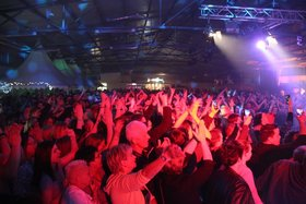 Bild: Rheiderländer Nächte Party Time - Die Kultparty im Rheiderland