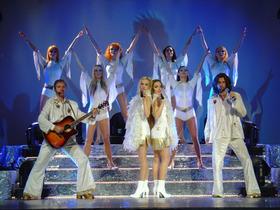 Bild: A Tribute to the original show & original ABBA Bandmitglieder & den Super Truper Dancers