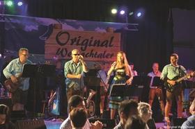 Bild: Bobinger Faschingskränzle - Gaudi, Tanz, Bewirtung und Live-Musik am Rußigen Freitag
