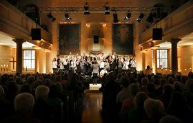 Bild: Osternacht-Konzert mit GOLDEN HARPS Gospel Choir