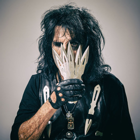 "Alice Cooper - ""Ol' Black Eyes is Back"" Tour 2019 - w/ Black Stone Cherry"