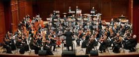 Bild: Novosibirsk Philharmonic Orchestra - Dirigent: Thomas Sanderling, Solist: Marceau Lefèvre (Fagott)