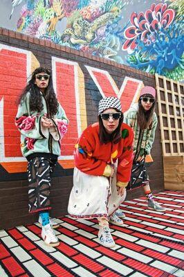 Bild: A-WA (Israel) - The Turbans (internationales Kollektiv)