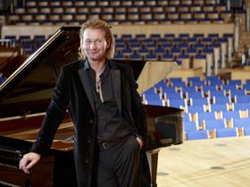 Bild: Udo Jürgens-Abend - Valentinstag-Konzert mit Ralph Lohaus