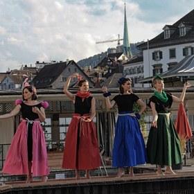 """dezibelles - a-cappella-Preisträger aus Zürich - """"die thronfolgerinnen"""" - von Mozart bis Queen"""