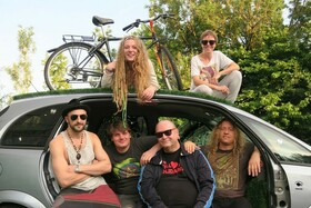 Bild: Compania Bataclan - Balkan, Klezmer, Rock, Swing, Reggae, Ska
