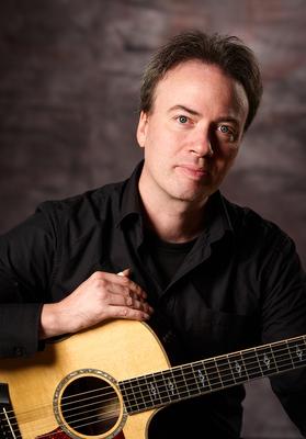 Bild: Markus Segschneider - Hands at work - Solo Guitar