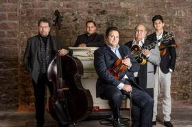 Bild: Romeo Franz Ensemble - & Joe Bawelino