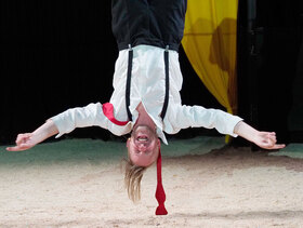 Bild: Der aufhaltsame Aufstieg des Arturo Ui - Theater Wasserburg