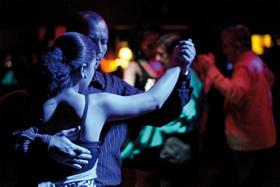 Bild: Tango! - Essen & Lesung / Milonga im Anschluss (nur AK 19,00 €)