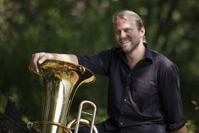 Bild: Brass & Kabarett - mit Andreas Martin Hofmeir