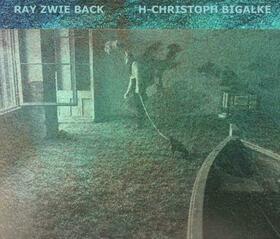 Bild: DURCH DIE WAND INS EIG´NE LAND - mit Zwieback, Corinna Harfouch & Bigalke