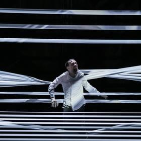 Bild: Momentum - Schauspiel von Lot Vekemans