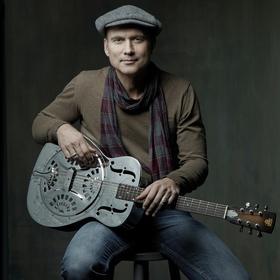Bild: Oliver Steller spricht und singt Gedichte für Kinder (1) - Lieder, Gedichte, Zaubereien mit der Gitarre Frieda