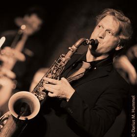 Bild: Meisterklassen-Saxophonist Darius M. Hummel - Weltbekannte Hits aus Rock, Pop, Jazz und Klassik