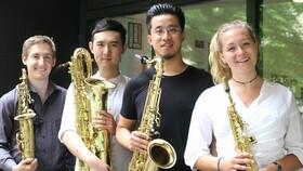 Bild: Weihnachten mit Saxophon in der Kirche Kleßen