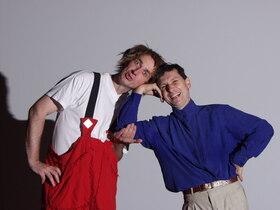 Bild: Einer von uns Beiden muss, der andere darf - Premiere des Clowntheaters PuR