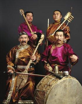 Bild: Huun-Huur-Tu - Obertongesang und Musik aus dem Osten Sibiriens