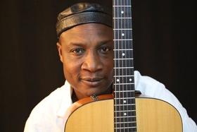 Bild: Adjiri Odametey & Band - Afrikanische Weltmusik - Eine Veranstaltung des Bahnhofsverein e.V.