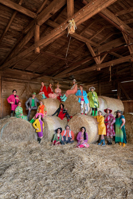 Bild: Bauern Hof Oper - Ein regionalpolitischer Bauernhofkrimi