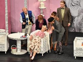 Bild: Ein Mord wird angekündigt - Ein Fall für Miss Marple