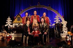 Bild: STEFANIE HERTEL & FAMILIE - Eine Märchenhafte Weihnacht