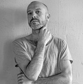 Bild: Jan Plewka singt Ton Steine Scherben und Rio Reiser