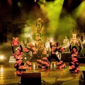 Bild: Pasión de Buena Vista: Das Tanz und Musik Erlebnis - Live aus Kuba - Heiße Rhythmen, mitreißende Tänze und traumhafte Melodien  zeigen Ihnen die pure kubanische Lebensfreude.
