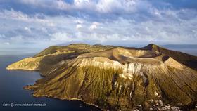 Bild: Äolische Inseln - Italiens Vulkanparadies