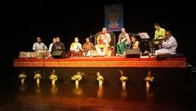 Bild: Mantra Power - Santulan Konzert mit Shreeguru Balaji També und seinen Musikern