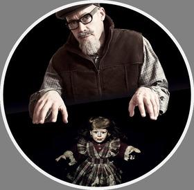 Bild: Der Puppenspieler - Premiere