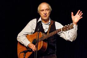 Bild: Thomas Felder - Bühnenjubiläum des schwäbischen Liederdichters