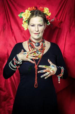 Bild: Suzanne von Borsody liest Frida Kahlo - Begleitet vom Trio Azul