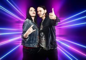 Bild: Moni Francis & Buddy Olly - Premiere: Altwerden rockt!