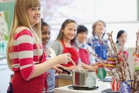 Bild: Ferienaktion: Rein in die Oster-Küche
