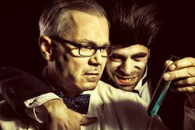 Bild: Jekyll & Hyde - von Manuel Kreitmeier nach Robert L. Stevenson