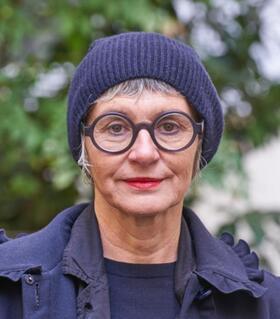 Bild: Elsbeth Walnöfer - Kleidung als Programm