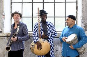 Bild: JMO - Jan Galega Brönnimann / Moussa Cissokho / Omri Hason - Weltmusikalische Verbindung zwischen drei Ländern