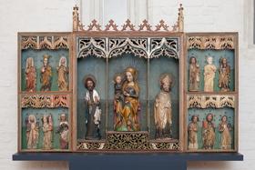 Bild: Zeitzeugen im Kreuzgang - besondere Exponate im spätgotischen Kreuzgang - Sonderführung