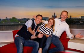 Bild: SWR: Drei auf einer Couch - Persönlich - hautnah - überraschend