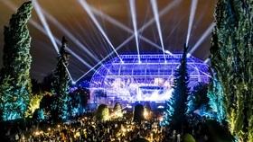 Bild: Botanische Nacht 2021 - 105´5 Spreeradio - Aktion