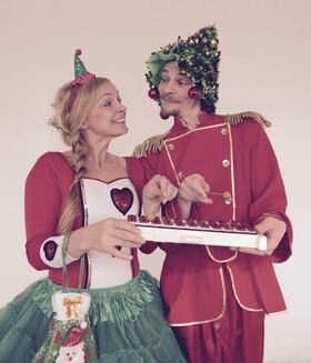Weihnachtssingen mit dem fliegenden Märchenorchester - Sonntagsmärchen ab 2 Jahren
