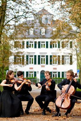 Holzhausenkonzerte - Streichquartettfestival - Konzert mit dem Eliot Quartett - Die Konzerteinführung beginnt um 18.30 Uhr!